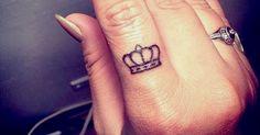 crown tattoo finger - Buscar con Google