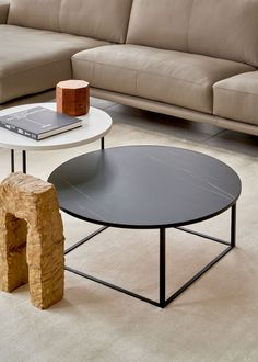 The Prismo table collection from Leolux includes coffee and side tables in varying heights that make them perfect for layering. Available with a round or square top in ceramic or glass. #leolux #designfurniture #Interiors #DutchDesign #MomeInspiration #HomeDecor #Design #DesignTable #InteriorDesign #furniture #InteriorSpaces #interiordecor #dream_interiors #InteriorArchitecture #ContemporaryFurniture #chicago #minimaldesign #designideas #livingroomdecor #homedesign #homeinspiration Modern Furniture Stores, Contemporary Furniture, Interior Decorating, Interior Design, Minimal Design, Side Tables, Interior Architecture, Layering, Living Room Decor