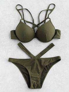 ¡Cómpralo ya!. Cutout Front Bustier Bikini Set. Green Bikinis Sexy Bandeau Polyester YES Swimwear. , bikini, bikini, biquini, conjuntosdebikinis, twopiece, bikini, bikini, bikini, bikini, bikinis. Bikini de mujer de SheIn.