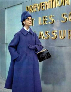 Vintage Coat by Antonio del Castillo for Jeanne Lanvin 1956 Vintage Fashion 1950s, Fifties Fashion, Vintage Couture, Retro Fashion, Jeanne Lanvin, Moda Vintage, Guy Laroche, Vestidos Pin Up, Vintage Dresses