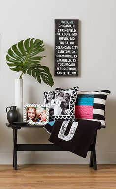 Black & white room designs with Shutterfly's Black & White Collection. Shutterfly's home decor ideas bring warmth to your favorite room. My Living Room, My Room, Apartment Living, Apartment Entry, Wall Decor, Room Decor, Home Decor Inspiration, Family Room, Sweet Home