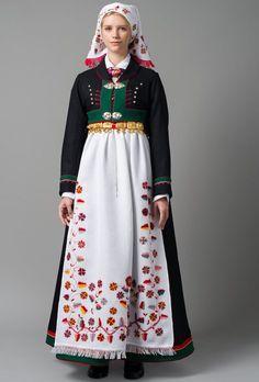 Bilderesultat for vest telemark bunad hodeplagg Folk Fashion, Mens Fashion, Swedish Design, High Waisted Skirt, Vest, Costumes, Lady, Skirts, Outfits