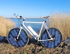 This solar-powered e-bike has a top speed of 30 mph | Inhabitat - Sustainable Design Innovation, Eco Architecture, Green Building