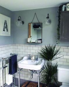 Metro Flat Tiles - Samples from Metro Flat White Gloss Wall Tiles Metro Tiles Bathroom, Loft Bathroom, White Bathroom Tiles, Downstairs Bathroom, White Tiles, Dream Bathrooms, Bathroom Colors, Master Bathroom, White Bathrooms