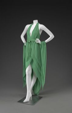 Evening Dress Halston, 1981 The Indianapolis Museum of Art - Buscar con Google