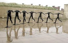 I grandi dell'arte – Scultura – Magdalena Abakanowicz What Is Sculpture, Sculpture Art, Magdalena Abakanowicz, Dancing Figures, Statues, Dance Paintings, Sculpture Projects, Exhibition, Art Moderne
