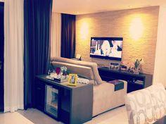 Projeto de home theater 5.1 com zona 2 na sacada entregue a um casal recém casados em um apartamento com sala ampliada. Divirtam-se e curtam seu novo espaco. Próxima etapa automação! #clicksmart #vivaestemomento #projetos #audioevideo #automacaodeambientes #automacaoresidencial #automacaocorporativa #semfio #descomplicado #semobras #apartamento #casa #empresas #ambienteinteligente #casainteligente #ummundodepossibilidades #lifestyle #iot #designinteriores #decoracao #arquitetos #arquitetas…