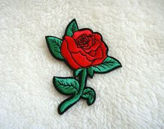 Red Rose DIY Applique Iron on Patch / badge / classic embroidered floral patch / rockabilly