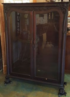 Antique French Curio Cabinet with key