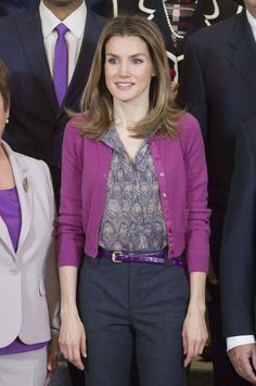 Love the pattern and hue of her blouse!(Princess Letizia of Spain)