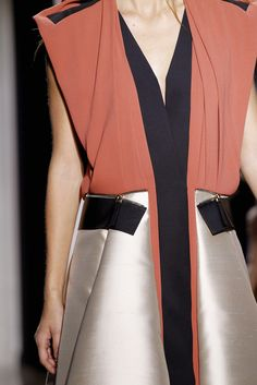 Bold contrasting colours, layers, lines & zipper detail - close up fashion details // Balenciaga