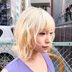 HanaさんはInstagramを利用しています:「.ㅤㅤㅤㅤㅤㅤㅤㅤㅤㅤㅤㅤㅤ Blonde×short…」 White Blonde, V Neck, Lace, Instagram, Hairstyles, Lace Making