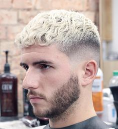 20 Best Hair Color For Guys In 2018 - Men's Hairstyles Cool Blonde, Gorgeous Blonde, Blonde Hair, Mens Modern Hairstyles, Fancy Hairstyles, Men Hair Color, Cool Hair Color, Cool Haircuts, Haircuts For Men