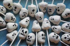 Ghost and Skull Cake Pops!  So cute and delicious!  There are two type of cake pops posted, homemade ones and out of the box!  Both are so good!  Getting ready for Halloween!  #cakepops #halloween #ghosts #skulls #sweets #treats #sweettooth #kids #cake #tricks #fun #foodie #dessert