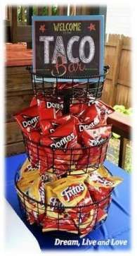 Walking Taco Bar: A party must read! More *****So fun at Millie's party! Five stars! Fiesta Party, House Party, Party Time, Ideas Party, Party Ideas For Adults, Farm Party, Bar Ideas, Graduation Food, Hollywood Party