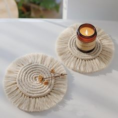 Beautiful handmade macrame mat, ideal as a candle mat or cup mat. This product is handmade with the macrame technique, made by cotton, bohemian style. This product is unique. Cup Mat, Cup Coaster, Best Decor, Boho Life, Cotton Rope, Cotton Thread, Decoration Table, Tray Decor, Decorative Accessories