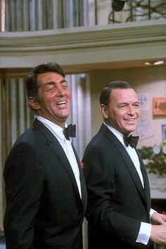 Dean & Frank on the 1967 Christmas episode of The Dean Martin Show