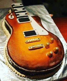 I think I've found my next birthday cake!#lespaul #electricguitar #guitars #gibson #gibsonlespaul #gibsonguitars #rock #guitar #guitarra #guitarlove #guitarsdaily