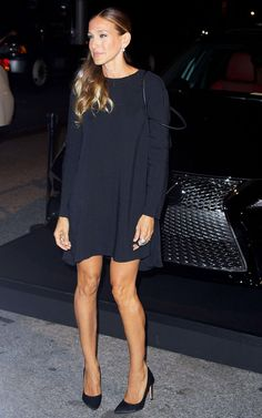Sarah Jessica Parker en robe mini et talons maxi