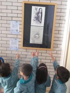 Alumnos en la exposición