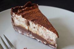 Light Chocolate Cake With Coffee Whipped Cream. Bakery Chocolate Cake, Chocolate Cake With Coffee, Chocolate Sponge Cake, Bakery Cakes, Food Cakes, Cupcake Cakes, Chinese Bakery Cake Recipe, Halva Recipe, Asian Cake