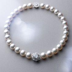 ネックレス/WGK18製・白蝶真珠・ダイアモンド