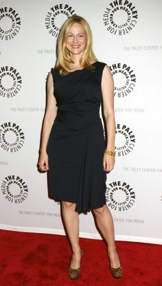 Laura linney eating black pussy — pic 1