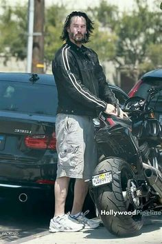 FOENIX APPAREL is a Spanish clothing brand providing beautiful and unique designs so you will always look & feel special. Keanu Reeves Life, Keanu Reeves Quotes, Keanu Reeves John Wick, Keanu Charles Reeves, Keanu Reeves Motorcycle, John Wick Movie, Arch Motorcycle, Dandy, Keanu Reaves