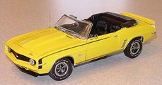 PhillyMint-Franklin Mint 1969 Chevrolet Camaro SS396 Convertible Yellow 1:24th Scale Diecast Model Car