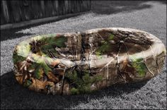 Check out this camo pool!! #camo #fun #country #camopool For more Cute n' Country visit: www.cutencountry.com and www.facebook.com/cuteandcountry