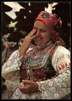 Sióagárdi népviselet (Tolna megye) | Képeslapok | Hungaricana Traditional Art, Traditional Outfits, Folk Costume, Costumes, Hungary History, Folk Clothing, Hungarian Embroidery, Doll Patterns, Embroidery Patterns