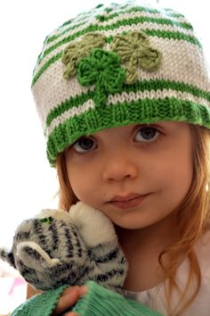 St. Patrick's Day is closer than you think ~ http://www.ravelry.com/patterns/library/st-patricks-day-knitted-hat