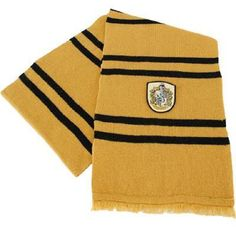 Hufflepuff Scarf from Warner Bros.: This wonderful Hufflepuff wool scarf is based on the one in the Harry Potter… Video Harry Potter Scarf, Harry Potter Shop, Harry Potter Cosplay, Harry Potter Houses, Harry Potter Characters, Thing 1, Wool Scarf, Woolen Scarves, Hogwarts