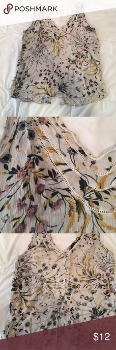 Zara Floral Open Back Cami Small Cute floral tank from Zara, was a small but shrunk in the wash. Back has 4 button closure which makes this very unique. 21 inch length Zara Tops Camisoles