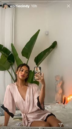 Cindy Kimberly Instagram, Gossip Girl Fashion, Famous Girls, Nice Tops, Beauty Women, Instagram Story, Photos, Pictures, Fashion Outfits