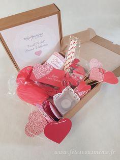 Le Pack Festif Saint-Valentin vous permettra de réaliser une table romantique pour 2 personnes en un rien de temps.