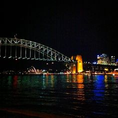 McMahons Point in #Sydney is an excellent place for great Harbour Bridge views. Magic! #Australia #travel