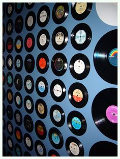 wall art - old vinyl records - how cool is this!
