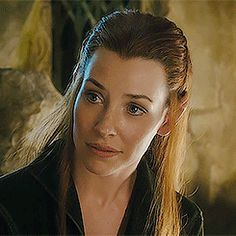 Tauriel :) a sweet listener, unlike me. I shout and make noise and interrupt lol Legolas And Tauriel, Thranduil, The Hobbit Movies, O Hobbit, Mirkwood Elves, Misty Eyes, Elfa, Desolation Of Smaug, Evangeline Lilly