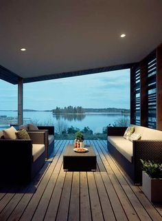 this porch with this view