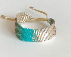 Seed Bead Jewelry, Diy Jewelry, Beaded Jewelry, Jewelry Making, Jewelry Patterns, Beading Patterns, Bead Embroidery Jewelry, Beaded Embroidery, Brick Stitch