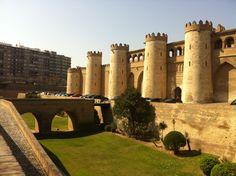 Palacio de la Aljafería: only open till 2pm (3E each). Free on Sundays