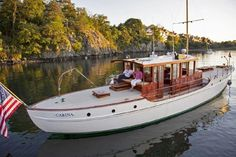 View full details & pictures of CARINA, a Custom Lawley Motor Yacht 1918 with pictures & full details of this Motor Yacht built in 1918 and available for sale. Motor Cruiser, Big Yachts, Power Boats For Sale, Make A Boat, Deck Boat, Classic Yachts, Cabin Cruiser, Vintage Boats, Yacht For Sale