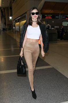 Miranda Kerr's holiday legging look