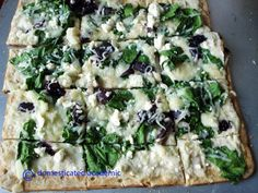 Grilled Healthy Alfredo Greek Pizza