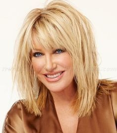 Long hairstyles over 50 . Discover ideas about Hair Styles For Women Over Haircuts Trends long hairstyles over 50 - Suzanne Somers layered haircut Discovred Medium Hair Cuts, Medium Hair Styles, Curly Hair Styles, Hair Styles For Women Over 50, Medium Cut, Medium Long, Longbob Hair, Layered Haircuts With Bangs, Medium Hairstyles With Bangs