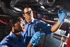 Average Mechanic Salary - How Much Do Mechanics Make  #mechanic #salary http://gazettereview.com/2017/02/average-mechanic-salary-income/
