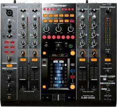 Artık bundan istiyorum! Pioneer DJM2000!