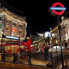London Love #breenatravels #london #londonlove #londoner #oxfordcircus #doubledeckerbus #christmaslights #totravelistolive +Picadilly Cirus +Travel +beautiful place