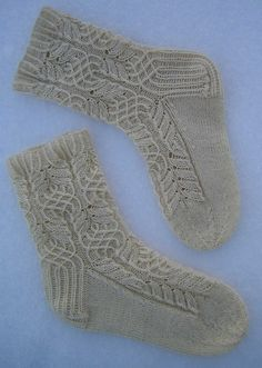 Ravelry: Project Gallery for Twisted Flower Sock pattern by Cookie A